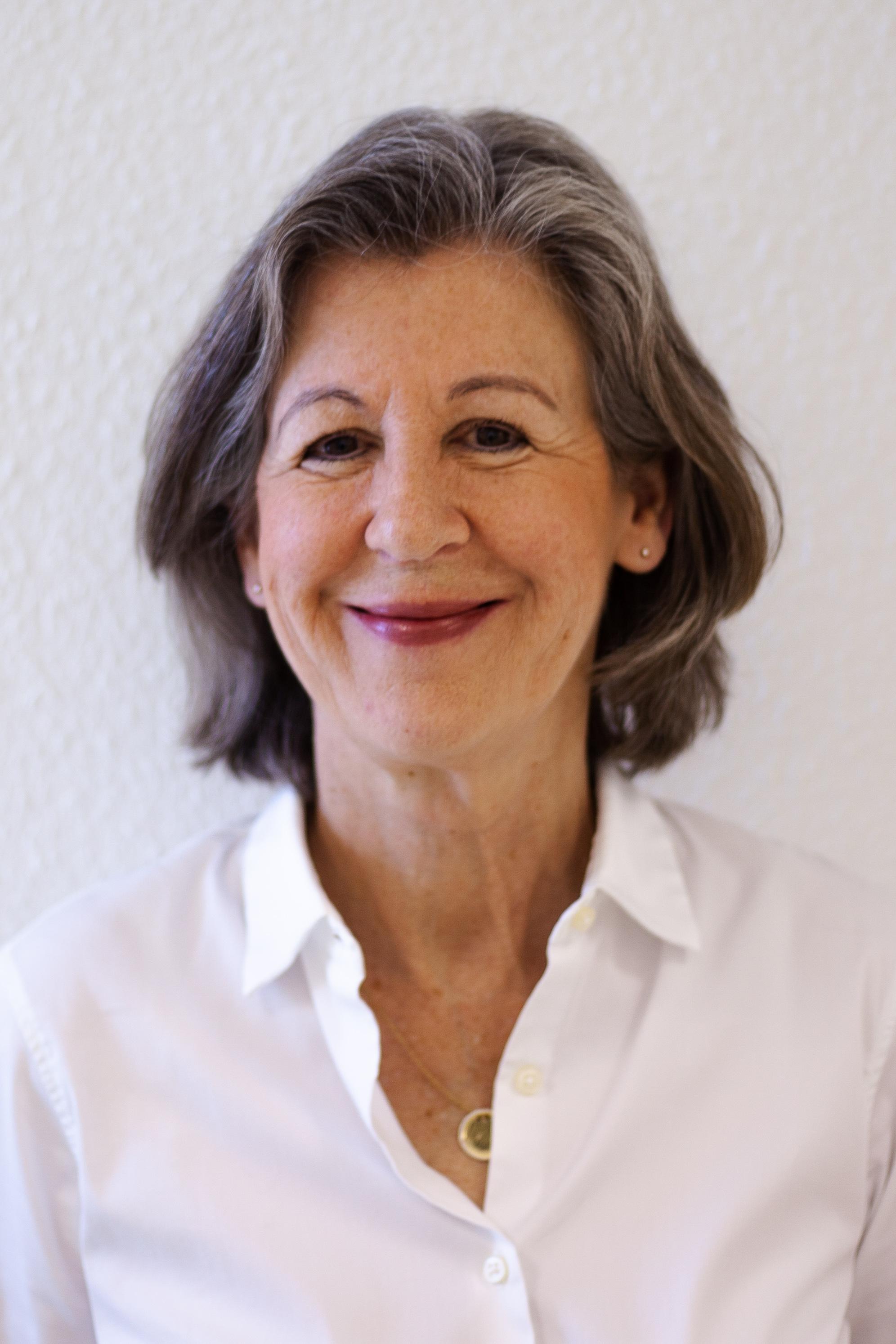 Dr. Andrea Heinz